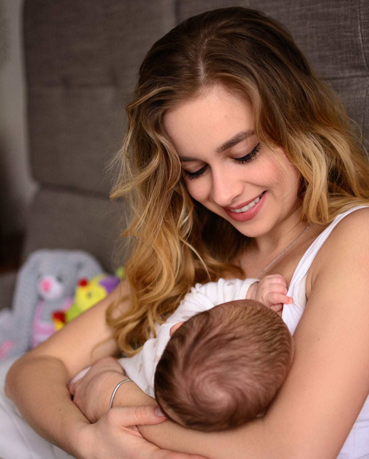 How To Breastfeed If You Re An Adoptive Or Surrogate Parent Healthy Mom Baby
